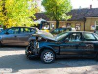 Uszkodzone Audi (źródło: Portal Płock)