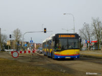 Solaris pokonuje skrzyżowanie ul. Łukasiewicza z ul. Batalionów Chłopkich