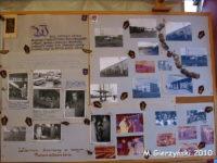 Jenda z tablic z archiwalnymi zdjęciami przygotowana przez KM