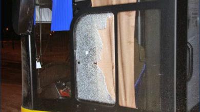 Ostrzelany Solaris #683. Źródło: www.policja.plockinfo.pl