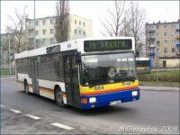 Używane autobusy przez wiele lat jeździły w oryginalnych barwach poprzednich przewoźników, z pomalowanym jedynie przodem w barwy miasta