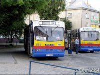 Autobus z obsługą konduktorską