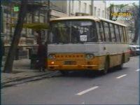 Autosan H9 na linii 19. Zrzut ekranu z Dziennika Telewizyjnego. Źródło: TVP Historia.