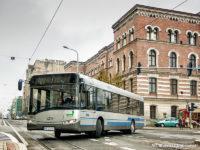 09.11.2014 - podczas pobytu w Łodzi. Autobus jeszcze w oryginalnym malowaniu.