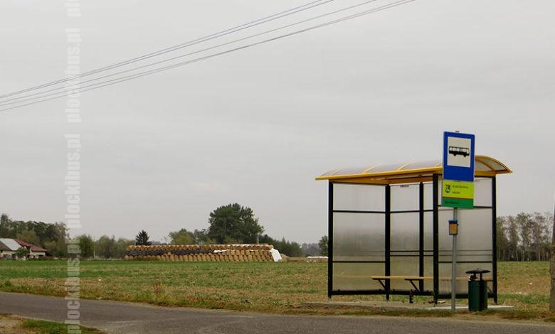 Nowa wiata na przystanku Barcikowo, Sklep