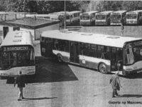 Nowiutkie Solarisy Urbino 12 (#636 i #637) na terenie płockiej zajezdni