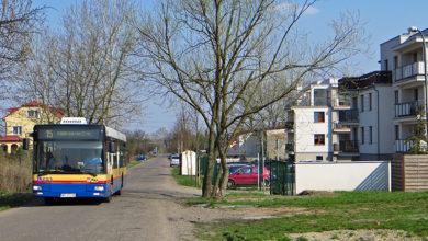 Autobus linii 15 na ulicy Boryszewskiej