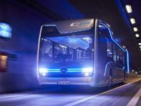 Future Bus CityPilot – autonomiczny autobus Mercedesa zaprezentowany podczas targów w Hanowerze w 2016 r. (źródło: mat. prasowe Mercedes)