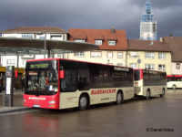Nowy nabytek firmy Adama Bąbały podczas eksploatacji w Niemczech w zestawie z przyczepą (źródło: www.stadtbus.de)