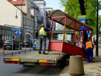 Demontaż wiaty na przystanku Bielska