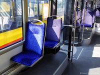 Podest z pojedynczymi siedzeniami