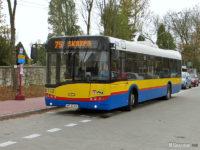 Autobus linii 75 na tymczasowym przystanku początkowym pod Cmentarzem Komunalnym