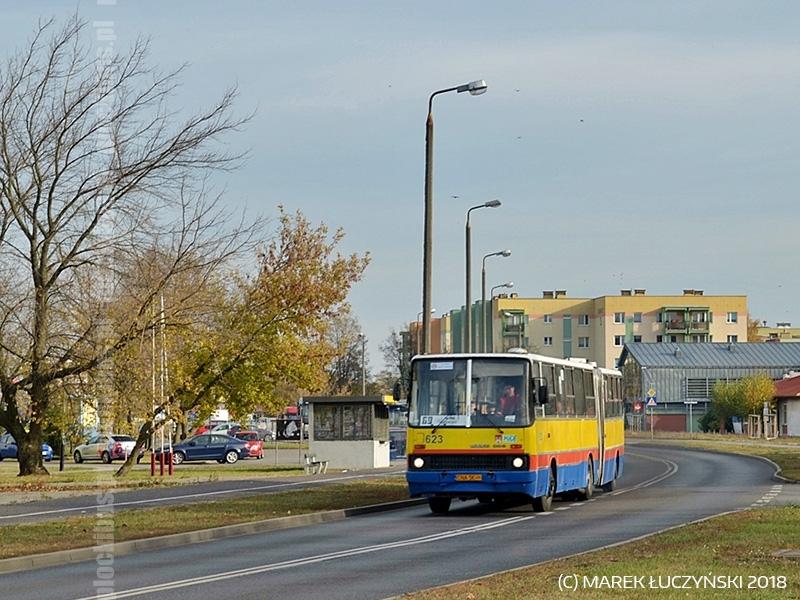 Ex. płocki Ikarus 280.70H #623 podczas obsługi linii 69 w Bydgoszczy