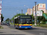 MAN #657 na linii 15 zbliża się do tymczasowego przystanku końcowego Otolińska, Boryszewo