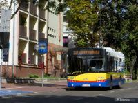 Autobus linii x7 na ul. 1 Maja