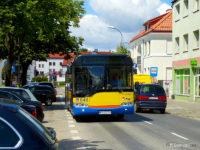 Autobus linii nr 2 na ul. Kościuszki przy pl. Narutowicza