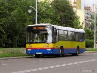 #668 - jako jedyny wyróżnia się po odmalowaniu w 2010 r. przedniej ściany