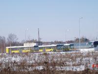 Marzec 2006, Wolica - centrum EvoBus Polska. Część Mercedesów już w Polsce w oczekiwaniu na dostawę do Płocka. Autor zdjęcia: B105