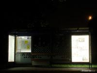 Podświetlona wiata na przystanku Padlewskiego 01