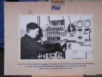 Plansza ukazująca historię płockiej komunikacji